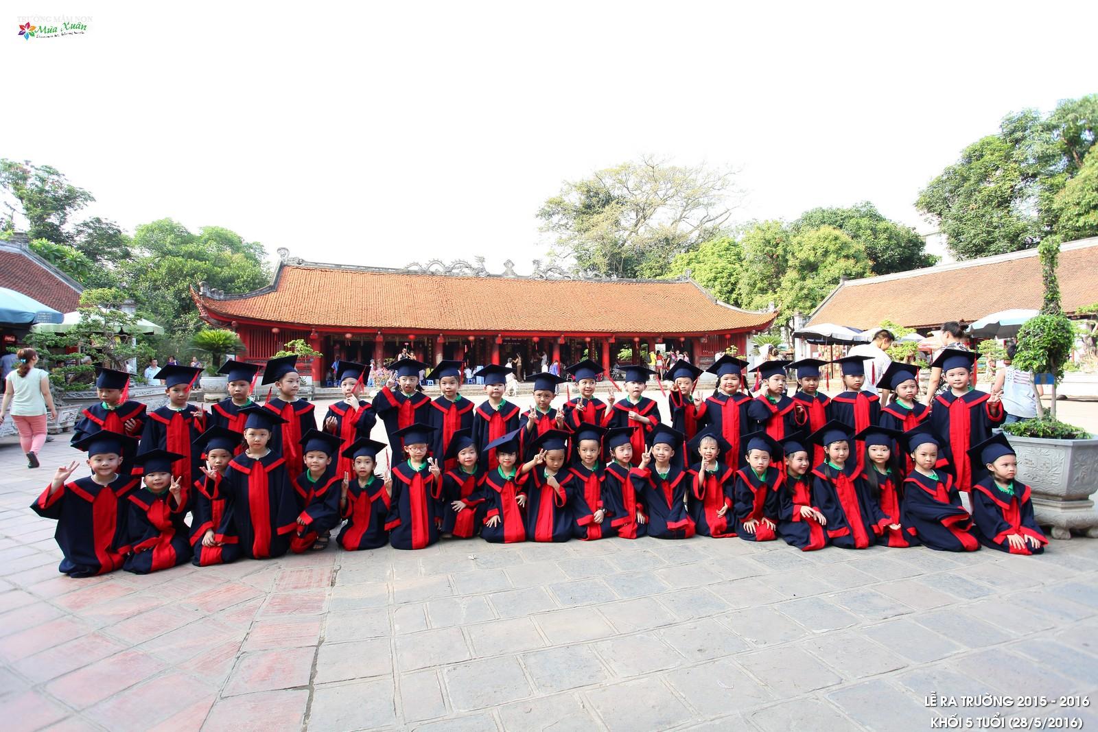 Lễ ra trường khối 5 tuổi năm học 2015 - 2016