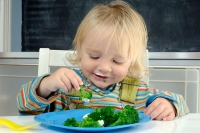 Chế độ dinh dưỡng cho bé 3-4 tuổi mẹ cần biết
